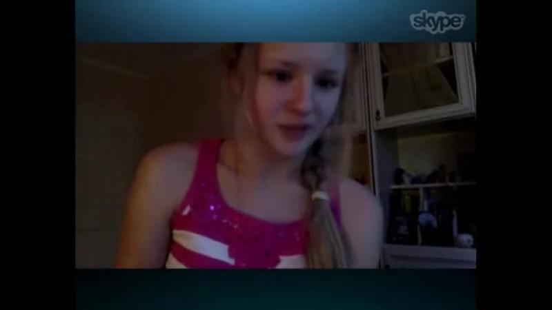 Дочь попросила у мамы массаж и куннилингус - порно инцест видео