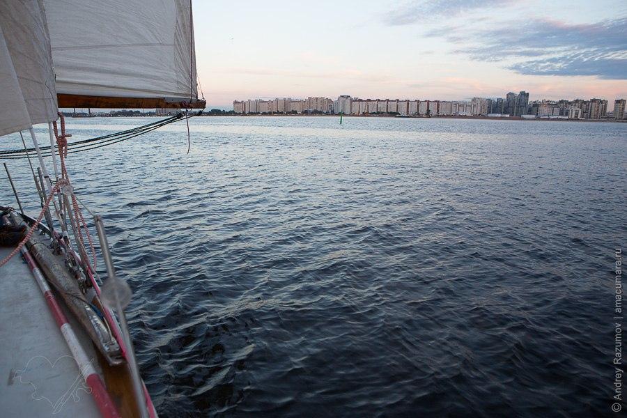 прогулка на яхте в Санкт-Петербурге