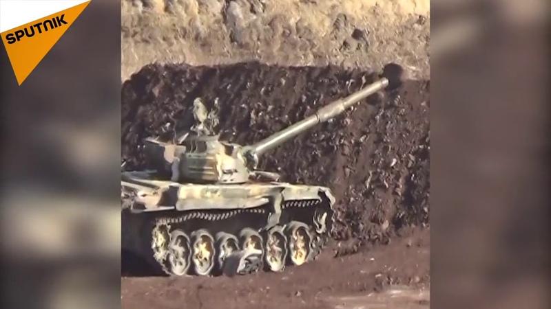 Сирийская армия использует упреждающую огневую мощь, направленную на позиции Насрского фронта в северной части Хамы ...