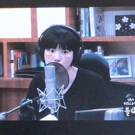 [23.22.18] Сонджон на радио Midnight Black   Официальное видео
