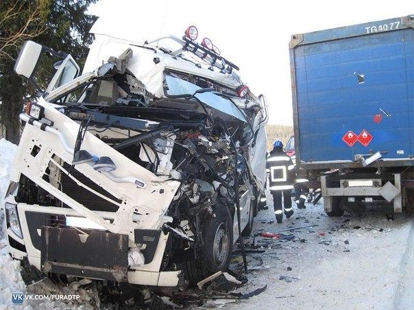 Аварии и дтп грузовиков фур