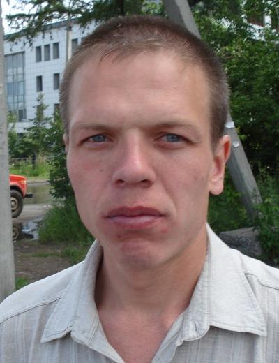 Сергей Уваров, 24 декабря 1977, Железногорск-Илимский, id193499134