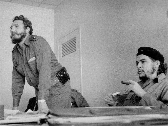 Пламенному революционеру товарищу Фиделю Кастро, чьё дело бессмертно - вечная  память.