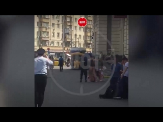 Самый жаркий день в Москве. 18+