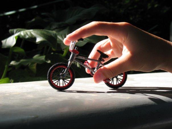 Как сделать фингер bmx своими руками