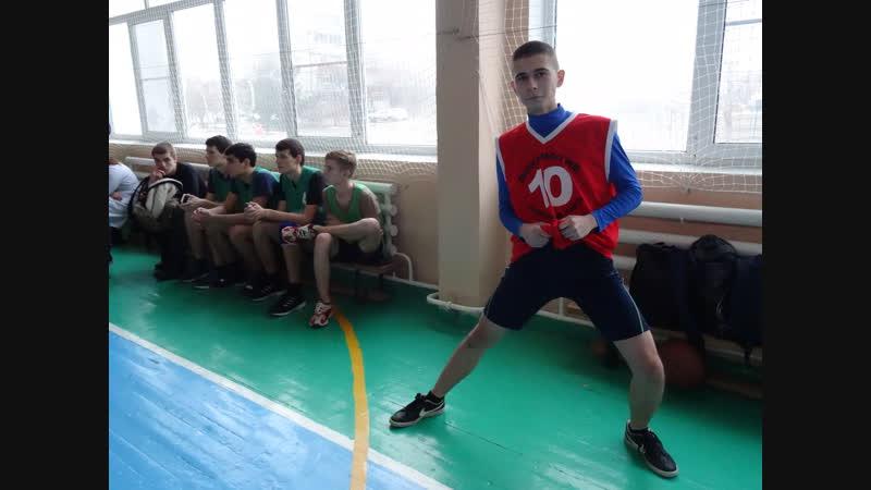 Соревнования по баскетболу (11.12.2018). Каменск-Шахтинский (вторая игра Гимназии)