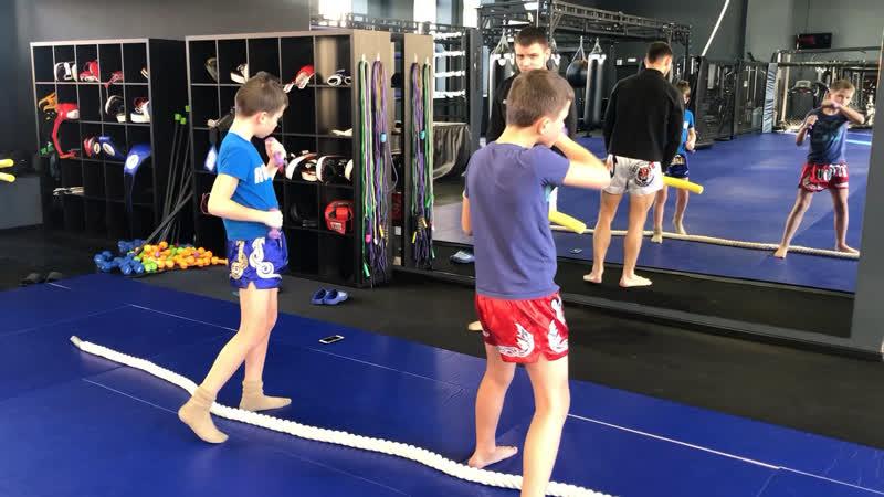 Александр Саночкин - сплит тренировка для детей