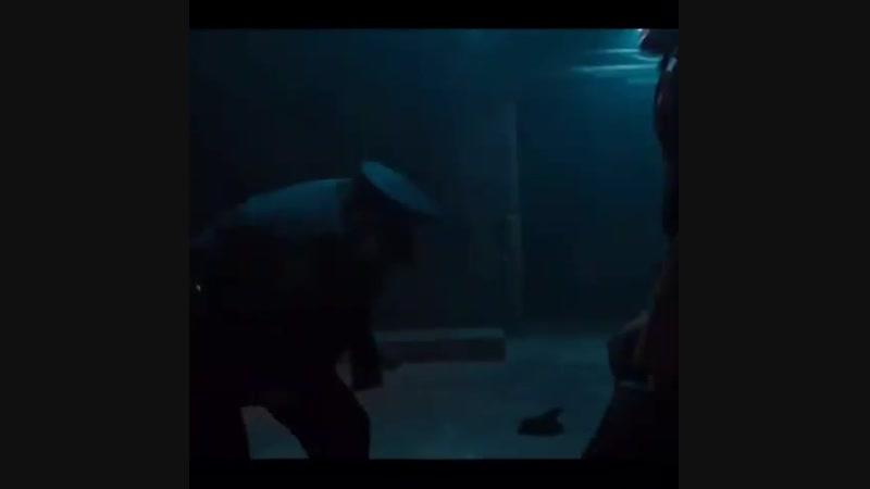 Titans 1x06 - Robin Flashback x2