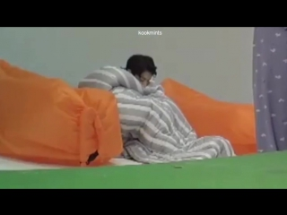a whole one minute and twenty six seconds of sleeping baby bun