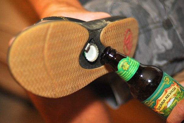 Штука: Мужские сандалии со встроенное открывашкой