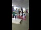 Отработка удара с 7 летним бойцом на первой тренировке 1