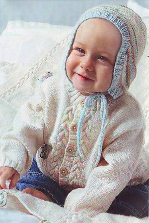 Кофточка и шапочка для малышей спицами… (3 фото)