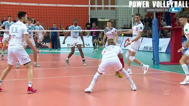 CRAZIEST SAVE EVER ! Best Volleyball Saves (HD)