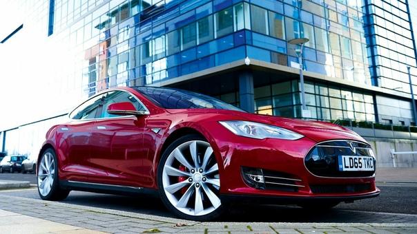 Как заявляет Илон Маск, к середине 2020 года более миллиона автомобилей Tesla будут полностью самоуправляемыми