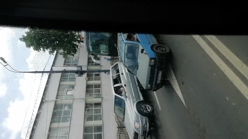 Хендай универс спэйс люкс КВ184