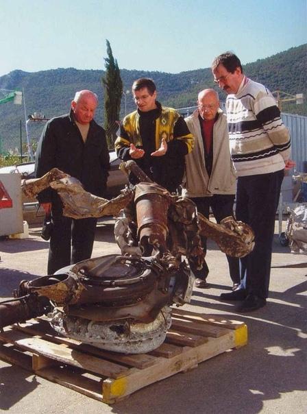МАЛЕНЬКИЙ ПРИНЦ Около полудня 7 сентября 1998 года на французском траулере Оризон, который вел промысел в районе между Марселем и островом Риу, занимались сортировкой улова. Одна из рыбин