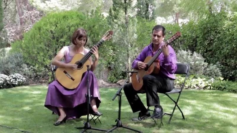 Paola Requena y Víctor .Melancolía para dos guitarras