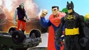Бэтмен и Супермен против Джокера. Видео на английском языке.