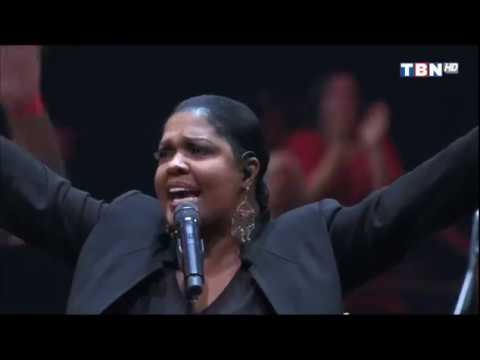 CeCe Winans - ministering, King Of Glory (TBN)