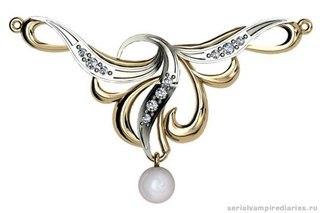 Одним из самых изысканных и дорогих ювелирных украшений является золотое колье.  Оно никогда не выходит из моды.