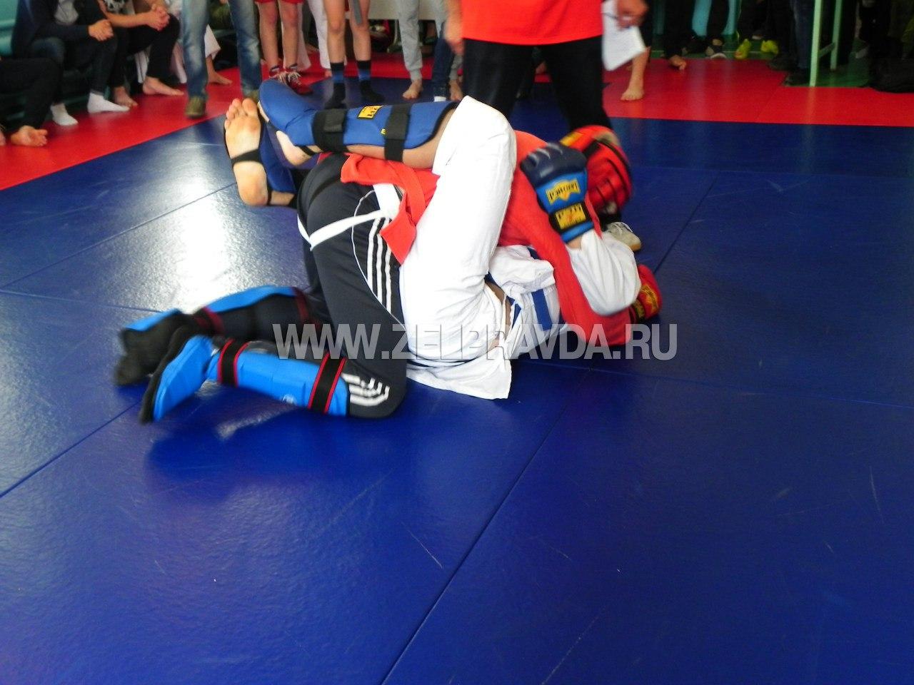В станице Зеленчукской прошли соревнования по армейскому рукопашному бою