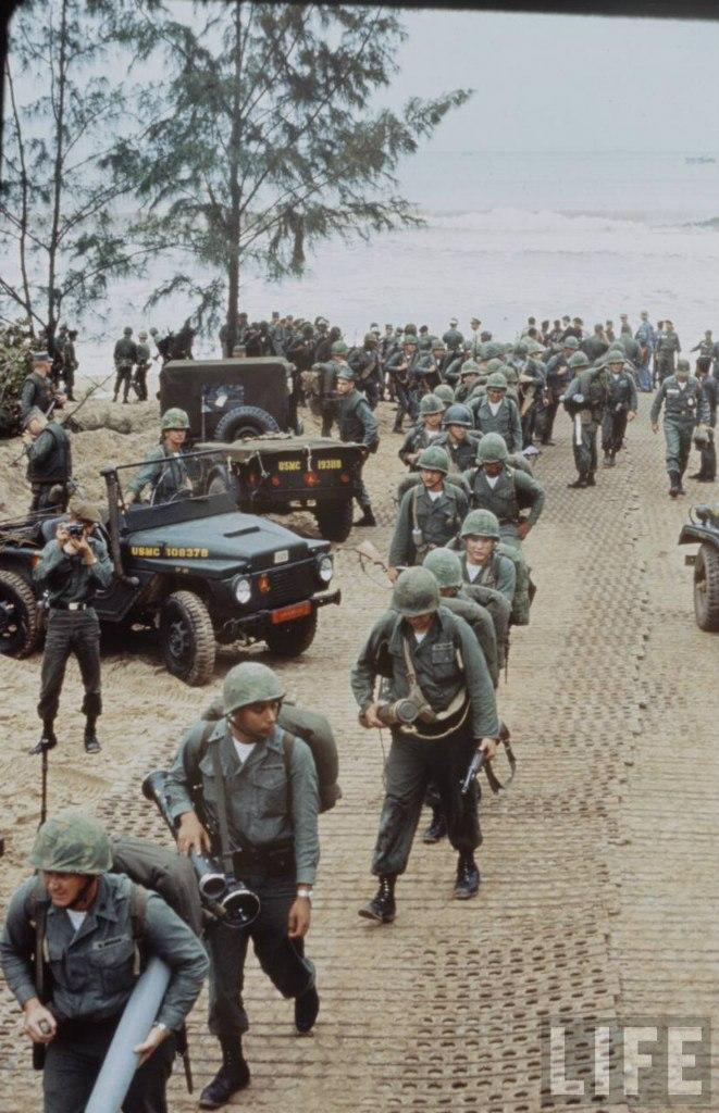 guerre du vietnam - Page 2 R_g425JQRs0