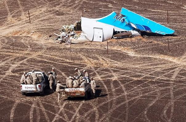 """31 октября исполняется три года со дня крупнейшей авиакатастрофы в российской истории – крушения лайнера A321 авиакомпании """"Когалымавиа"""", который не долетел из Шарм-эш-Шейха в Петербург, разбившись над Синаем. Все 224 человека, находившиеся на борту, поги"""
