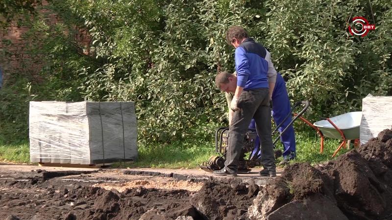Начало ремонта дороги на ул. Красных Печатников
