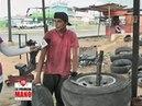 Zulianos se las ingenian para alargar la vida útil de los cauchos