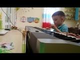 Ребенок играет на фортепиано с 3 лет по методике Фея Пиано
