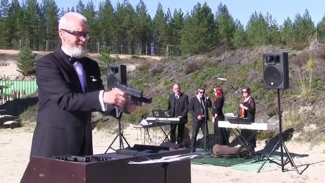 Old MacDonald Had a Farm и глок / Glockophone music by Vitaly Kryuchin