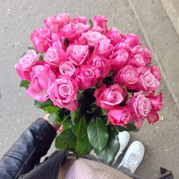 Красивая картинка с цветами с днем рождения