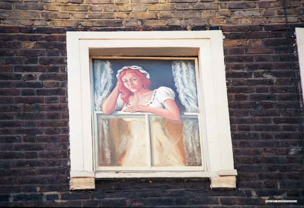 Стрит-арт 80-х годов. Каким был Лондон до БэнксиВ 80-е годы в британской столице началось повальное увлечение стрит-артом. На улицах стало появляться все больше и больше граффити: от