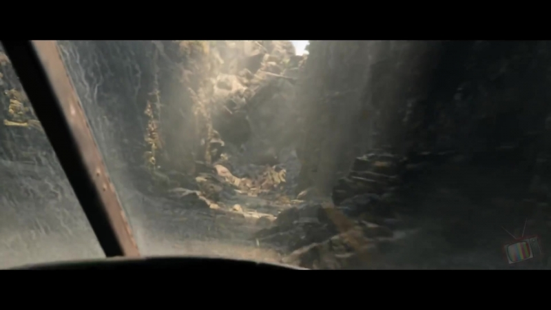 Фридж теряет камень Джуманджи Зов джунглей 2017 Момент из фильма