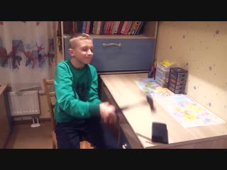 [alpstål photography & videography] russian kid breaks his mobile phone ( fail )