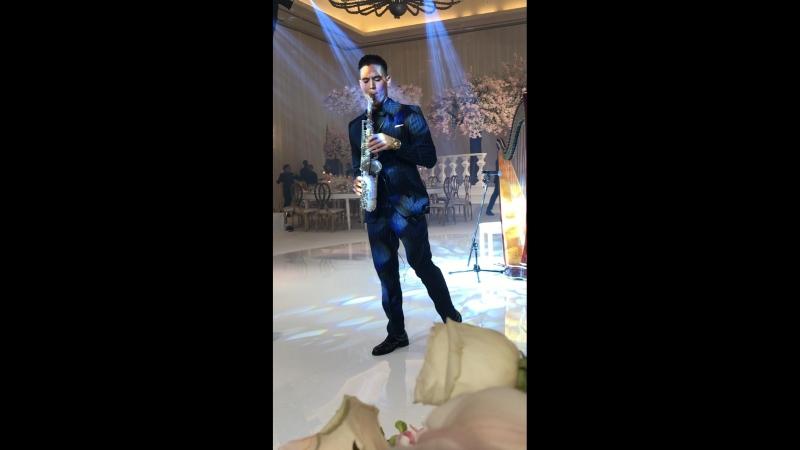 Wedding in Dubai Arthur Mauzer Live