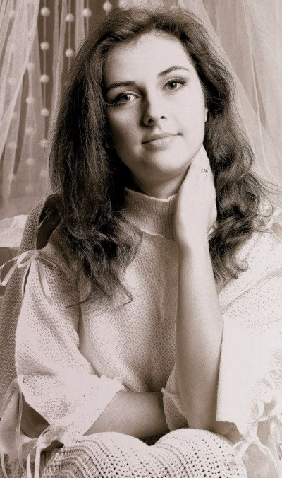 Анна Пахолкова