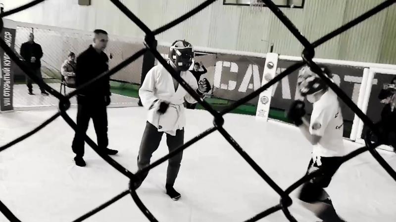 VINE   JUNIOR MMA