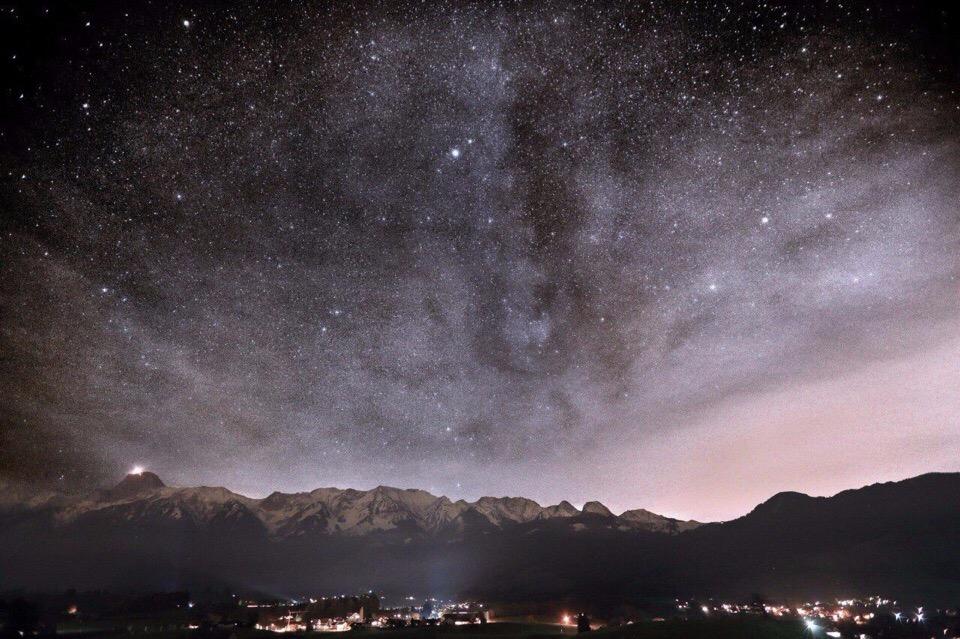 Звёздное небо и космос в картинках - Страница 20 Ru76Q7WIadI