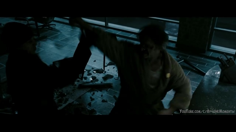 Нападение на Комедианта. Вступительная сцена Хранители (2009)