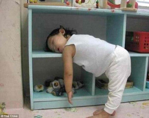 квартир, ребенок засыпает пряча голову рассказе Чехова
