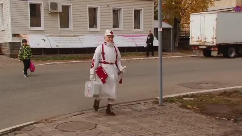 Дед на стиле. Пенсионер из России шьет наряды, которым позавидует Киркоров