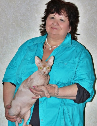 Елена Еголаева, 26 апреля , Полярные Зори, id144377441