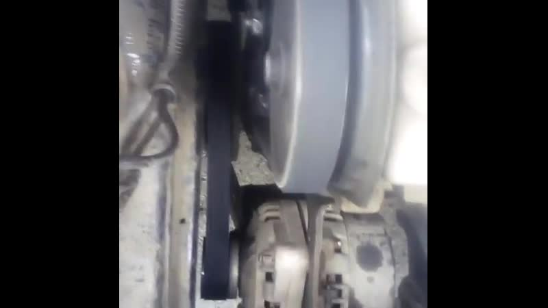 заменил ремешок грм и генератора заодно