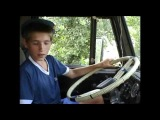 Автошкола пацан ездит на камазе с 11 лет