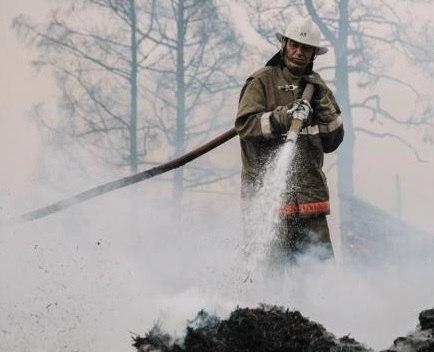 В Марухе сгорело 18 рулонов сена
