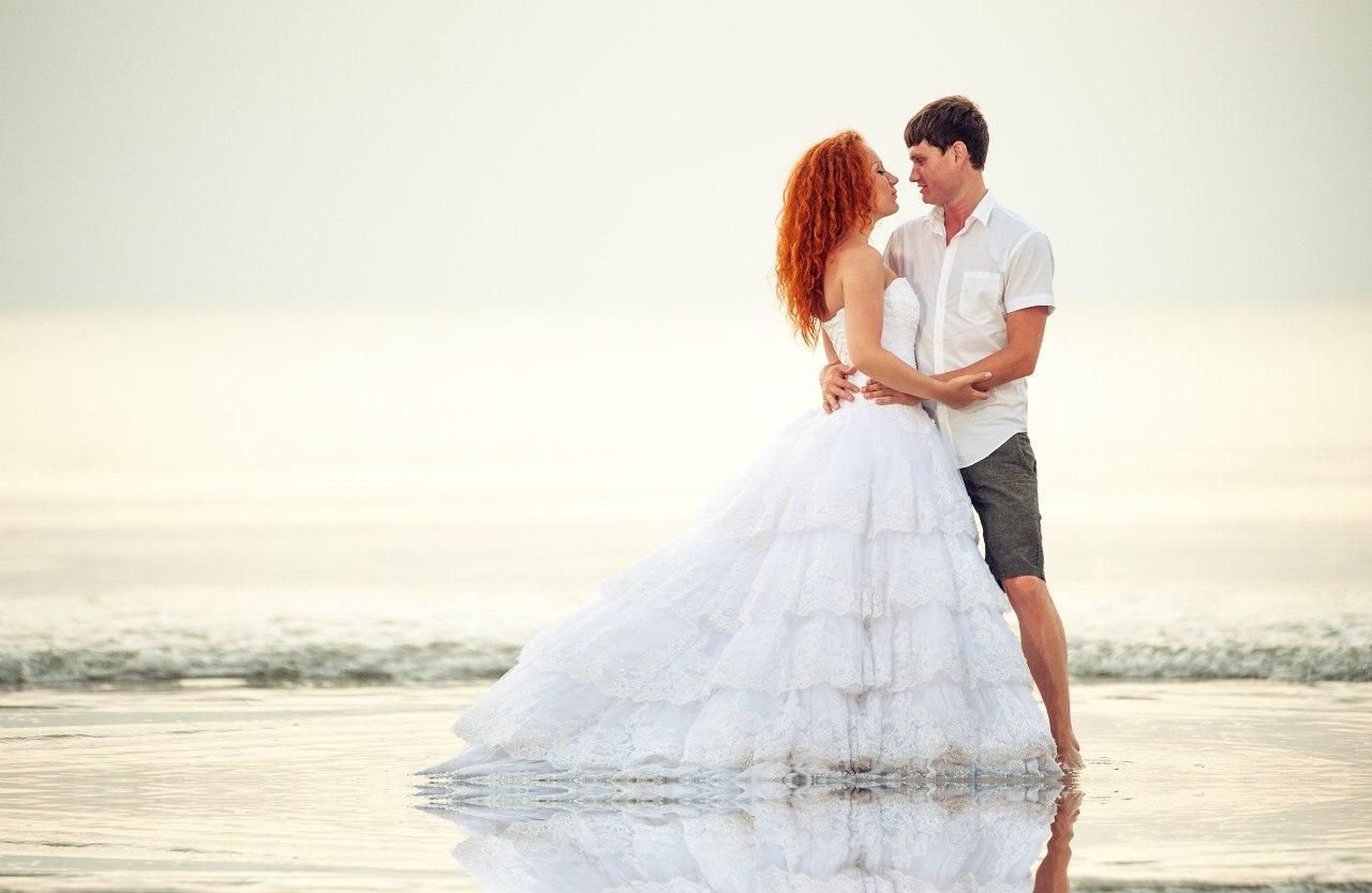 С невестой рыжая 7 фотография