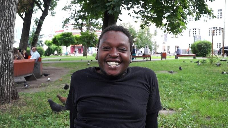 Ограбленный учитель из Кении - о планах на будущее и цели приезда в Киев