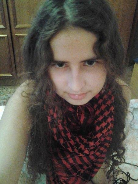 цвет волос баклажан фото: