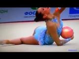 эротическая гимнастика  девчонки двигают телами шары ленты обручи